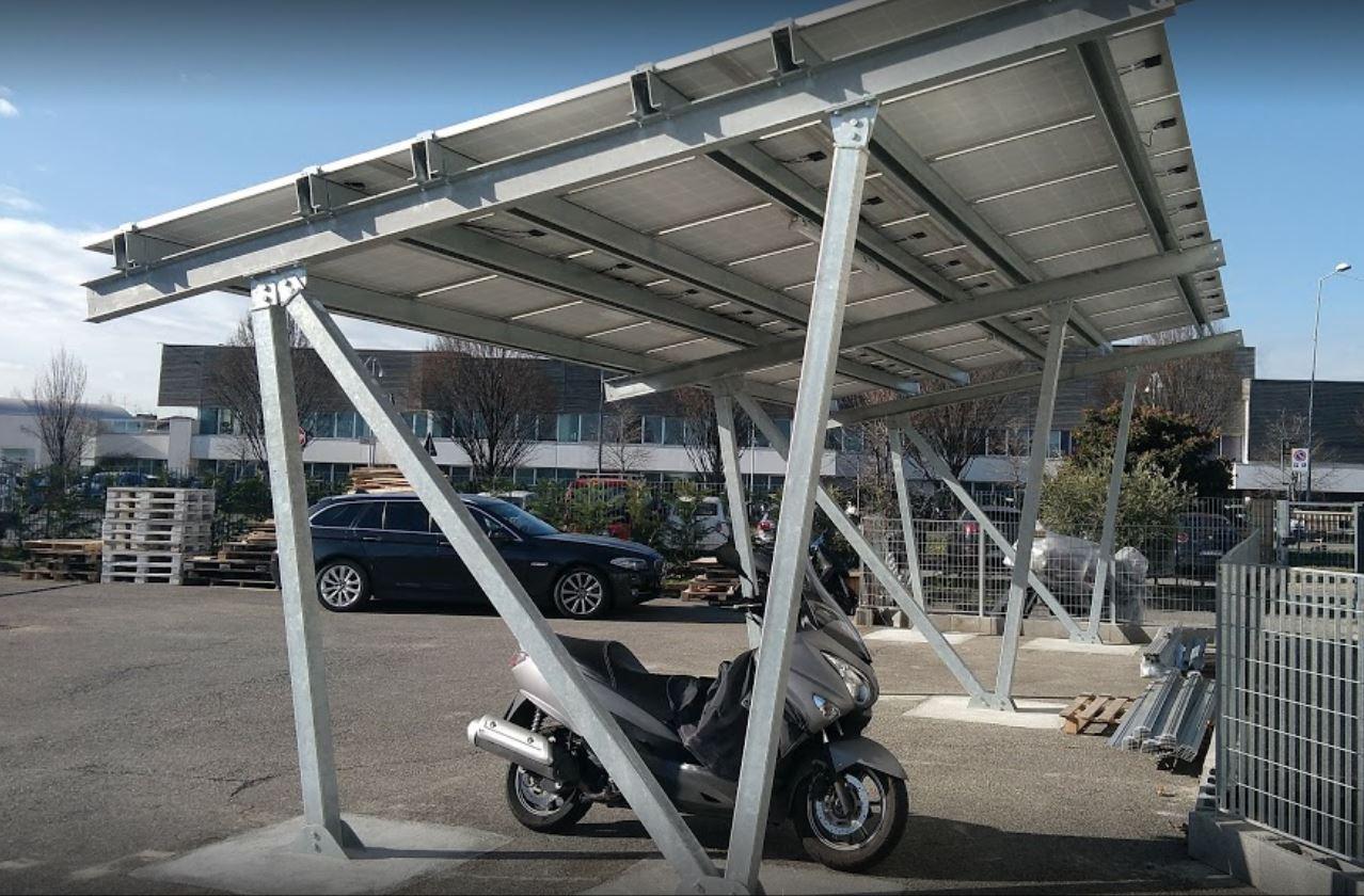 pensiline fotovoltaiche industriali per auto